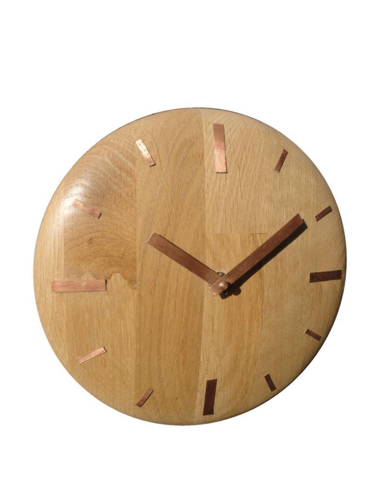 horloge en chêne
